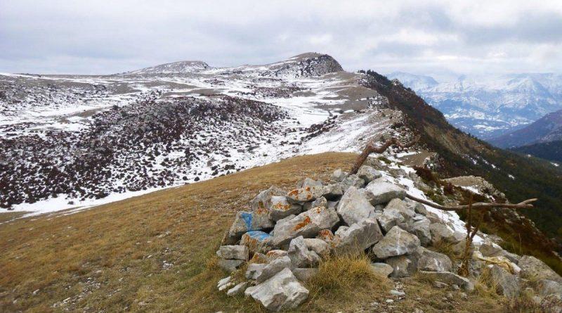 Grande Randonnee – Topo – Ancien village du COURCHONS–St André les Alpes